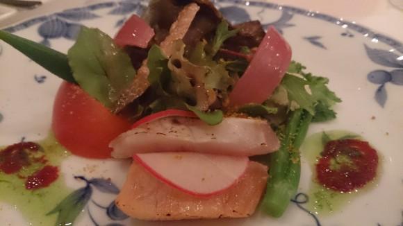 前菜(サーモンとカンパチのマリネ カラスミ風味)
